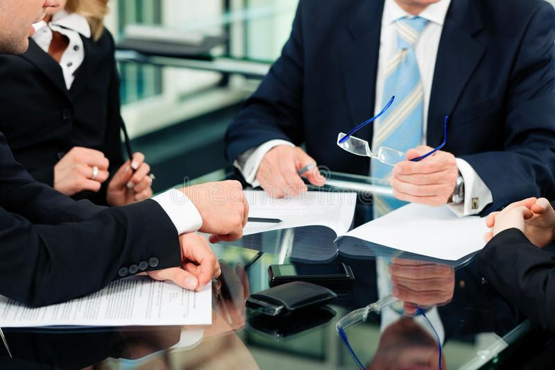 طريقة صياغة العقود التجارية عقد قوي مؤثر خالي من الأخطاء احترافي